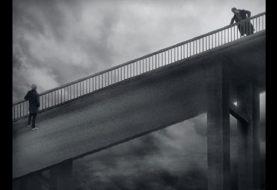 Pontes e muros   por Andri Carvão