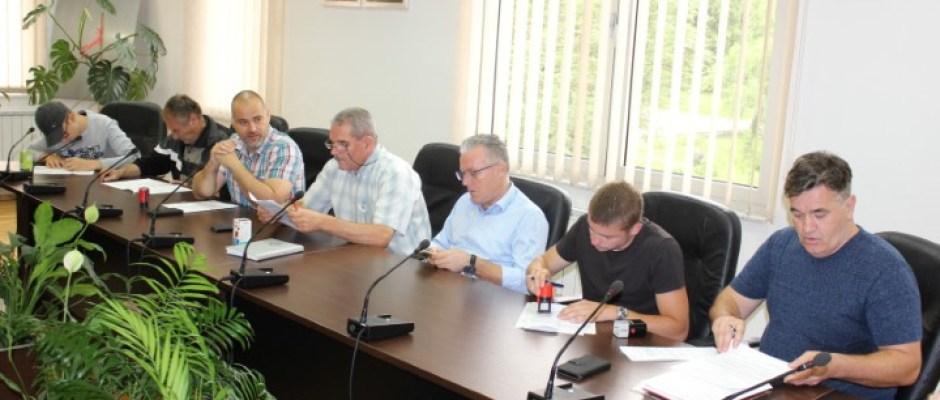 Općina Bosanska Krupa sa nevladinim organizacijama potpisala ugovore o (su)finansiranju projekata