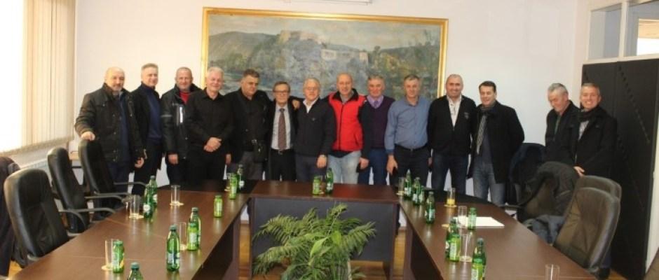 Načelnik Armin Halitović upriličio prijem za oslobođene bivše bosanskokrupske policajce Šarana, Šabića i Kadića