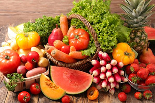 Frutas y verduras frescas de verano que mejoran la salud