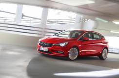 Nowy Opel Astra bije rekordy popularności
