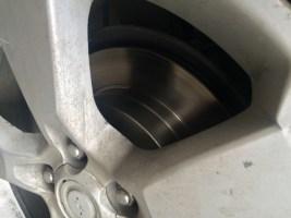 Как произвести замену тормозных дисков на Опель Антара
