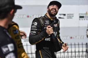 Hinchcliffe Uses Late Charge to Win at Iowa