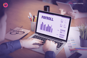 Should small businesses outsource their payroll?