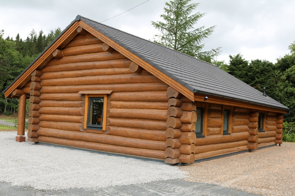Bespoke Log Buildings