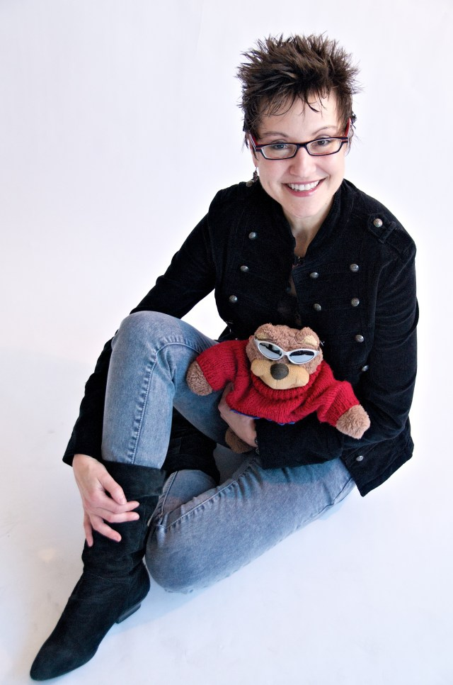 MITZI SZERETO & TEDDY TEDALOO AUTHOR OF THE THELONIOUS T. BEAR CHRONICLES: EXCLUSIVE INTERVIEW