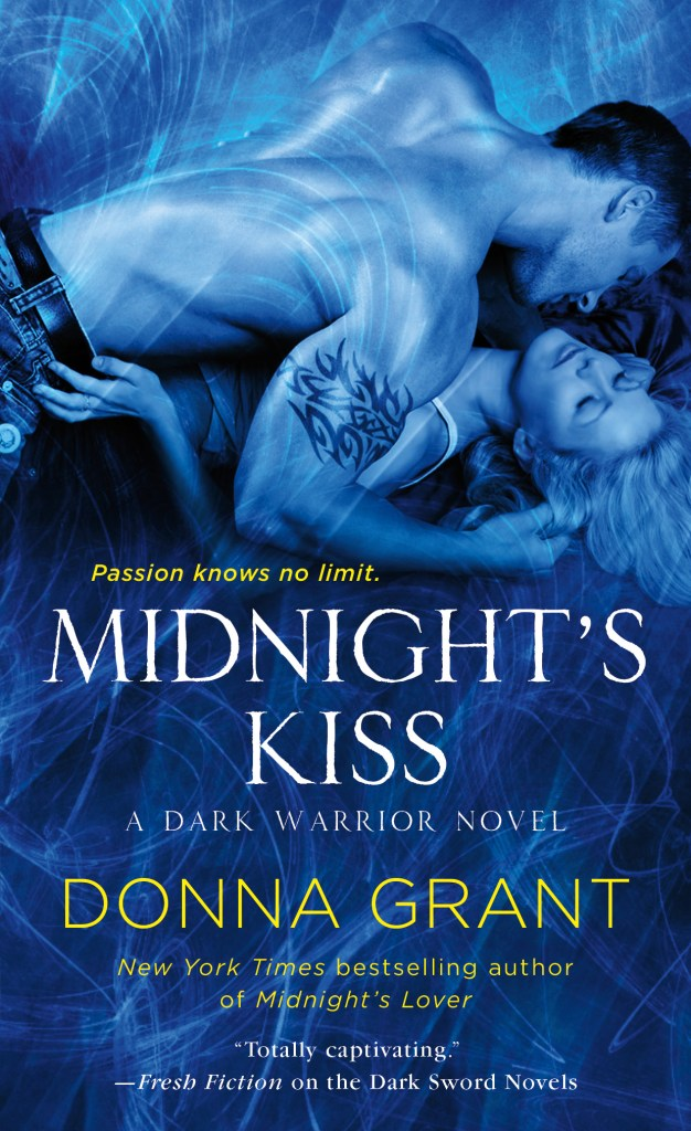 MIDNIGHT'S KISS (DARK WARRIORS, BOOK #5) BY DONNA GRANT