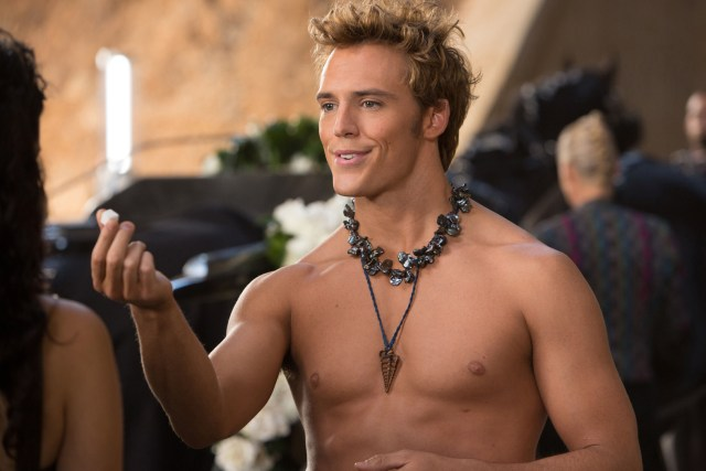THE HUNGER GAMES: CATCHING FIRE – NEW TRAILER & FINNICK IMAGE REVEALED!