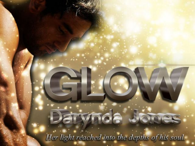 SHIMMER (CHARLEY DAVIDSON, BOOK #5.5) & GLOW (CHARLEY DAVIDSON, BOOK #5.6) BY DARYNDA JONES: BOOK REVIEW