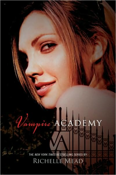 VAMPIRE ACADEMY (VAMPIRE ACADEMY, BOOK #1) BY RICHELLE MEAD: BOOK REVIEW