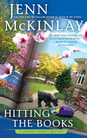 HITTING THE BOOKS (LIBRARY LOVER'S MYSTERY, BOOK #9) BY JENN MCKINLAY: BOOK REVIEW