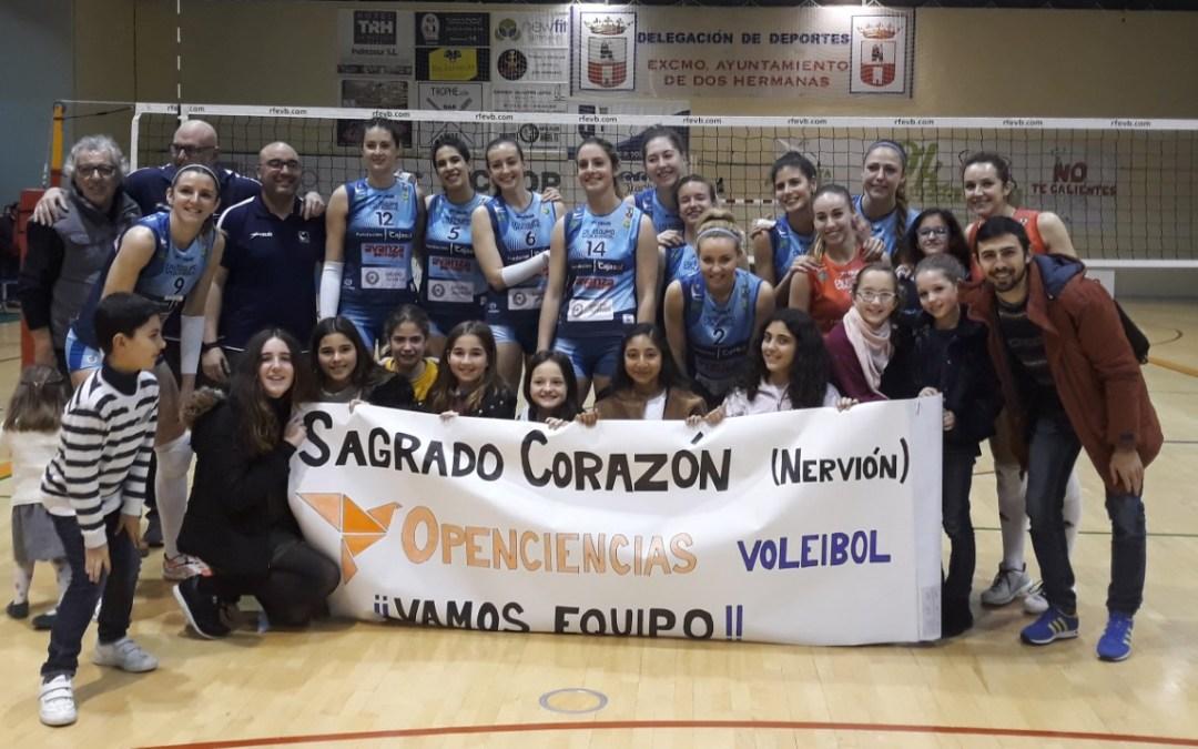 Openciencias animando al equipo de Voleibol de Cajasol