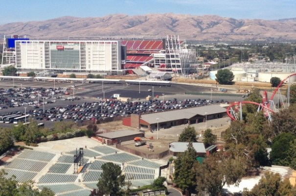 When the San Francisco 49ers moved into Santa Clara's Levi's Stadium, the city started applying IT strategies to managing the massive crowds. (Wikimedia Commons)