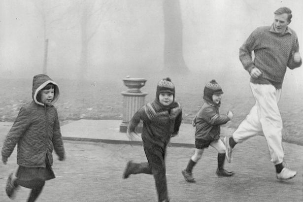 Athlete-Sir-Roger-Bannister-Running-With-His-Children-In-The-Park-ed