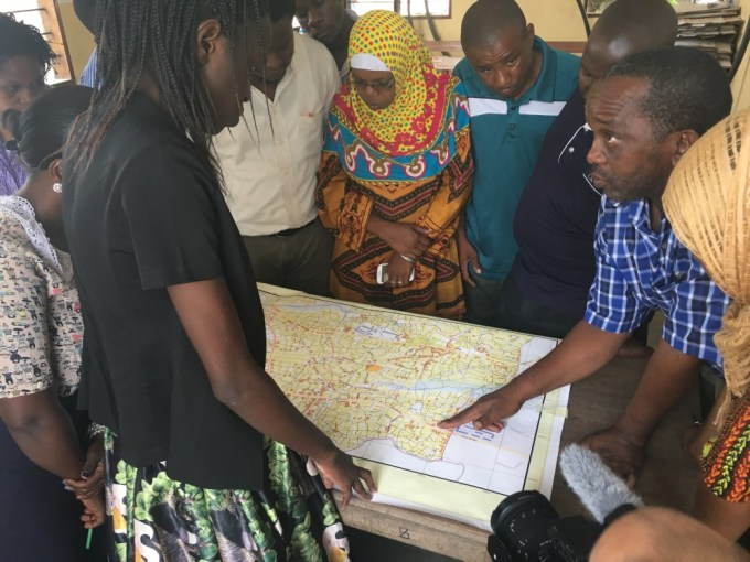 Participatory mapping in Tandale