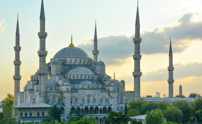 grand bazar, guide de voyage istanbul, istanbul, météo istanbul, mosquée bleue, palais, plage istanbul, que faire et voir à istanbul,