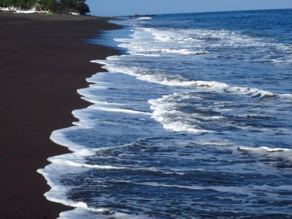 plages de bali se baigner à bali amad