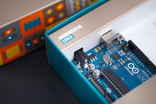 Qué modelo de Arduino debo comprar para mis proyectos?