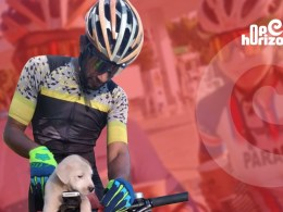 cyclist-sees-puppy-dumped-on-the-roadside