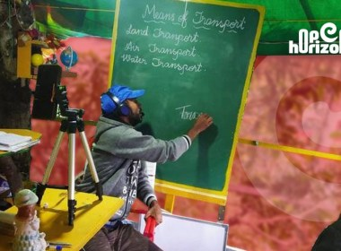 teacher-comes-up-with-tree-top-solution-to-overcome-poor-network