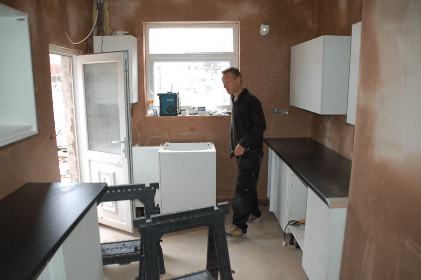 HMO refurb Howdens kitchen installation