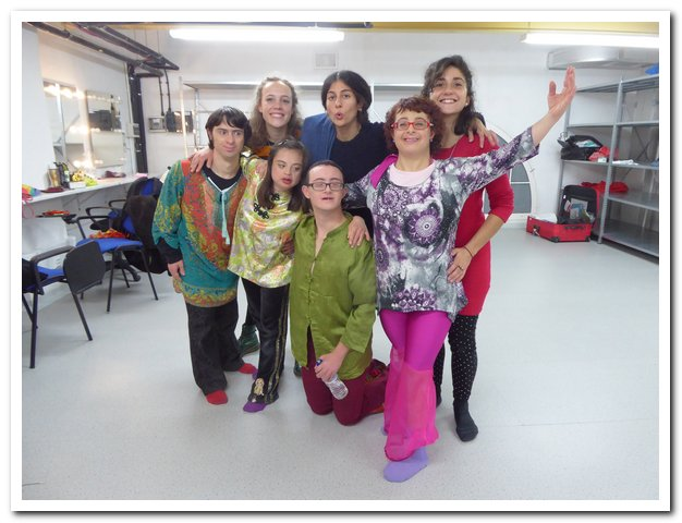 Leonie backstage with the Ensemble dancers