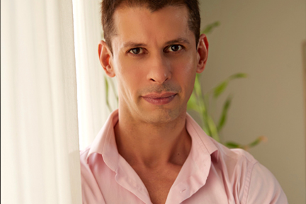 Shayan Italia, Delraaz Bunshaw: The Power of Love!