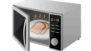 does microwaving food cause cancer