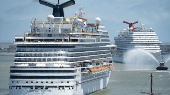 Carnival Breeze, Vista Arriving in Galveston, TX