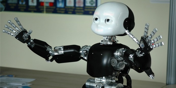 iCub, il bimbo robot