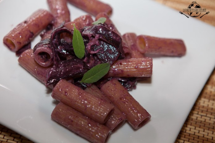 pasta-rummo-con-carote-viola-e-stracchino