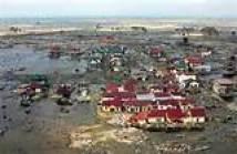 tsunami villaggio distrutto
