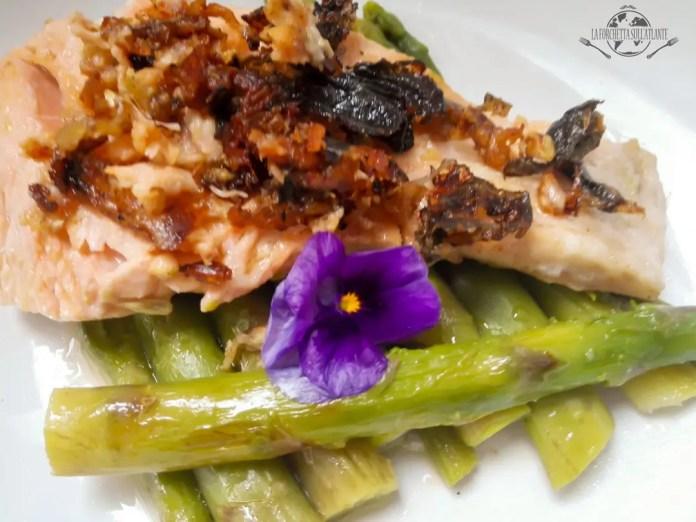 IMG_20160309_134422laforchettasullatlante_salmone-con-asparagi