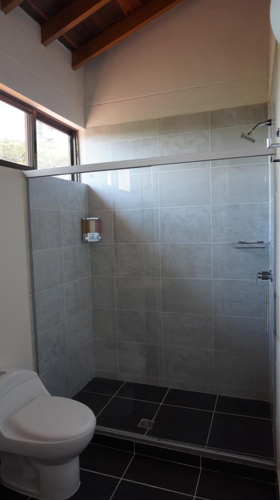 Bathroom|El Lugar Hotel|Pereira Colombia