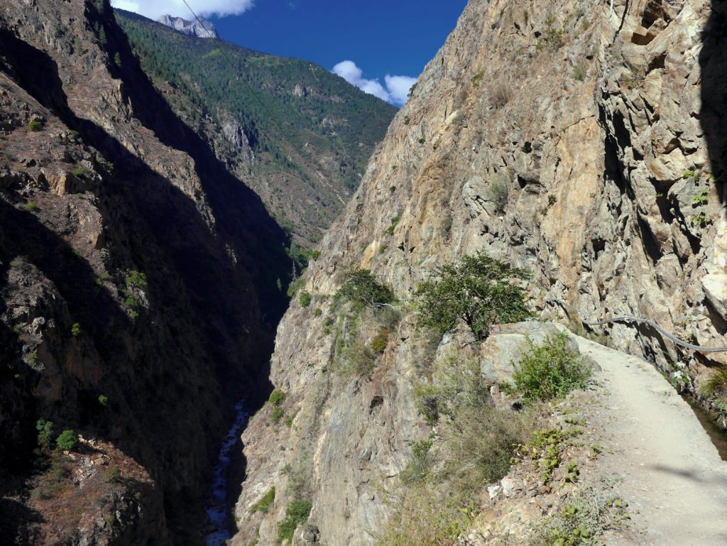 Guide to Hiking in Yubeng
