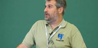 Bruce Momjian PostgreSQL