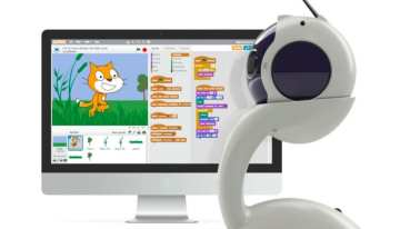 This is an adorable open source robot that uses Scratch language