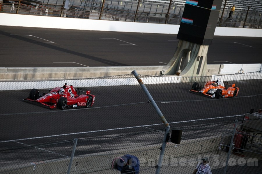 Rahal leads de Silvestro out of the pits