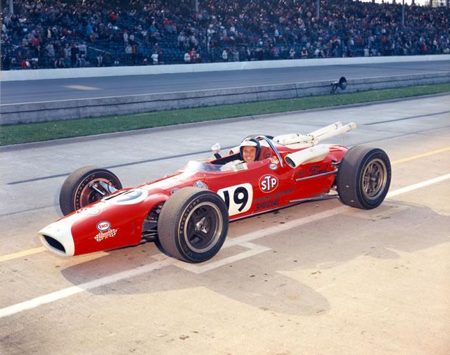 1966 CAR 19