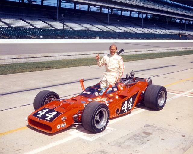1971 CAR 44