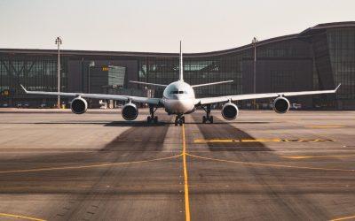 Los esfuerzos que traza el sector aeronáutico para mitigar su huella de carbono