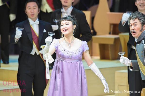 東京二期会オペラ劇場《ウィーン気質》ADSC_0906 © Naoko Nagasawa (OPERAexpress)