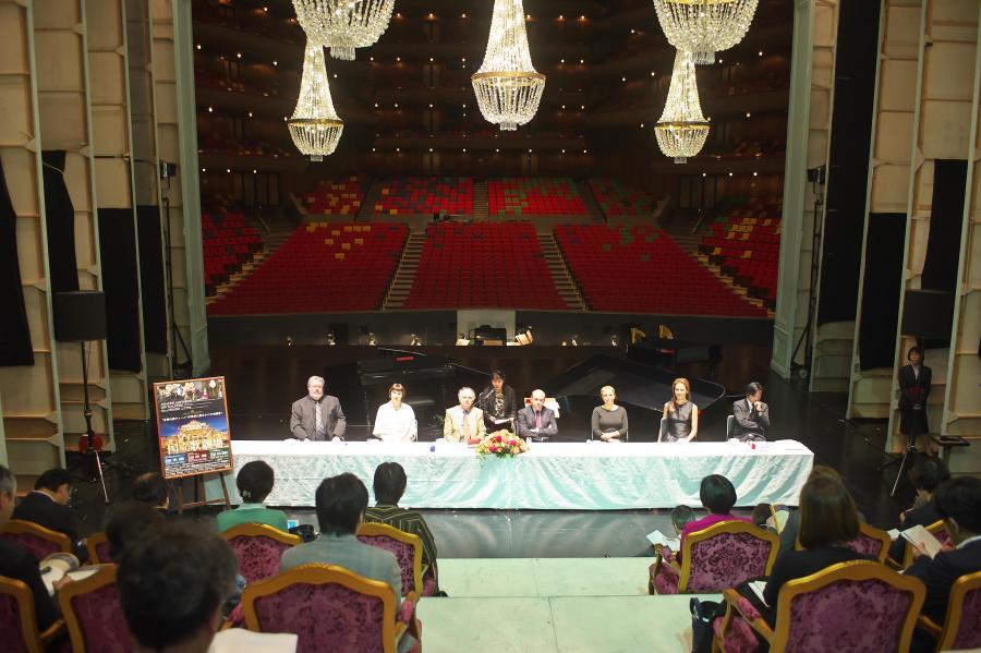 ウィーン国立歌劇場日本公演2016 来日記者会見