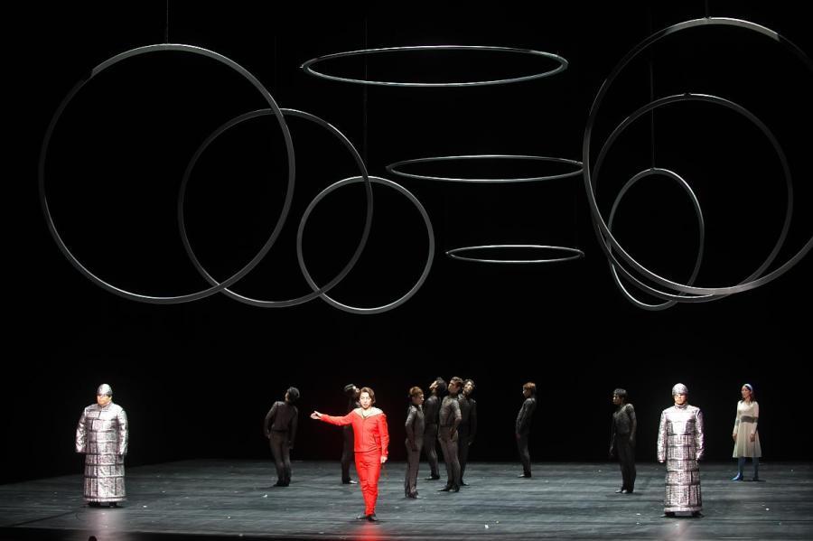 作品に内在する宇宙の表現。より身体的で音楽的な、勅使川原三郎のアプローチ———あいちトリエンナーレ2016 プロデュースオペラ《魔笛》