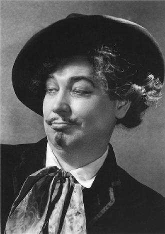 Giacomo Puccini: La bohème – Karel Kalaš (Schaunard) – ND Praha (foto Josef Heinrich)