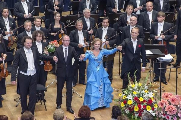Ďakovačka po koncerte Edity Gruberovej, BHS 2014