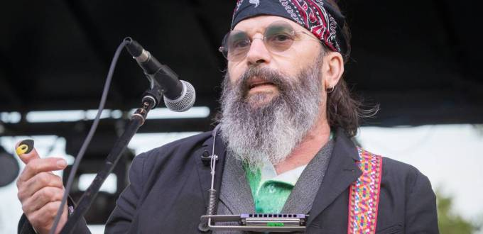 Country Star Steve Earle Speaks Candidly About Drugs, Sobriety