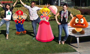 N3DS Photos with Mario - Outside