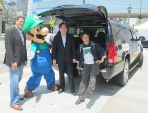Iwata - With the Crew at E3 2013