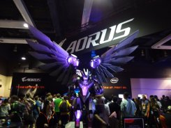PAX West 2017 | Winged Mech?